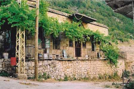 Douma liban ville village nord liban r gion batroun for Ancienne maison libanaise